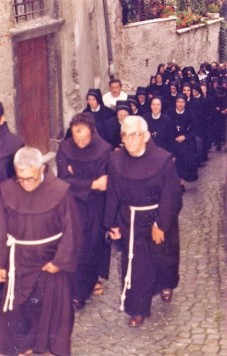 salendo al convento 2