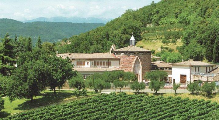 Monastero-clausura-clarisse-Novaglie